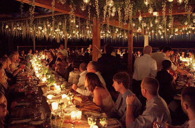 Table at vineyard wedding by http://www.sugokuii-events.com