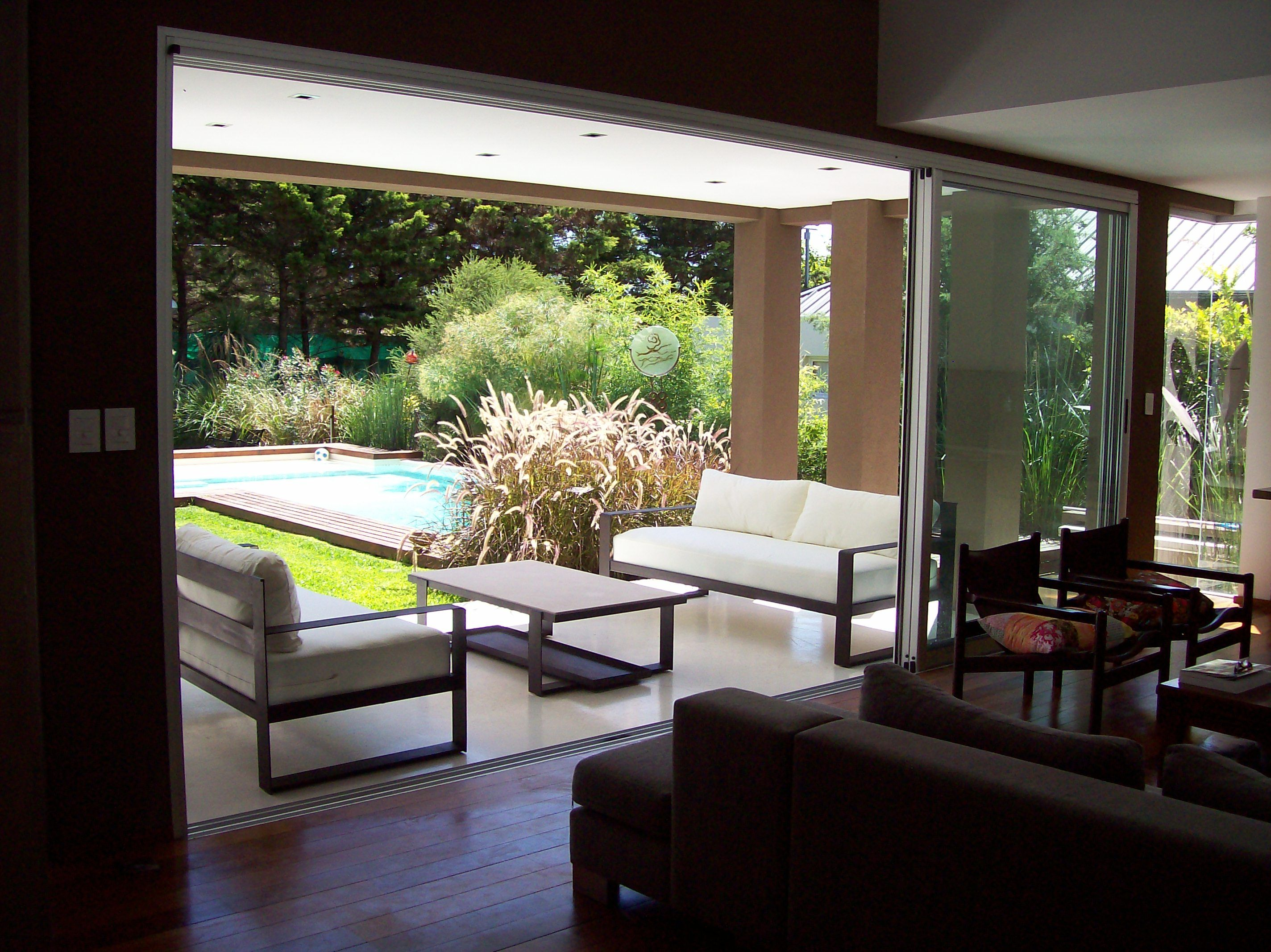 Muebles de exterior en hierro para jardin muebles de for Casa muebles de jardin
