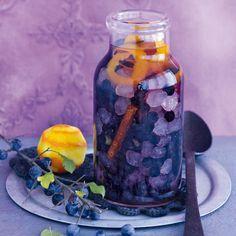 Schlehenlikör mit Vanille & Orangen