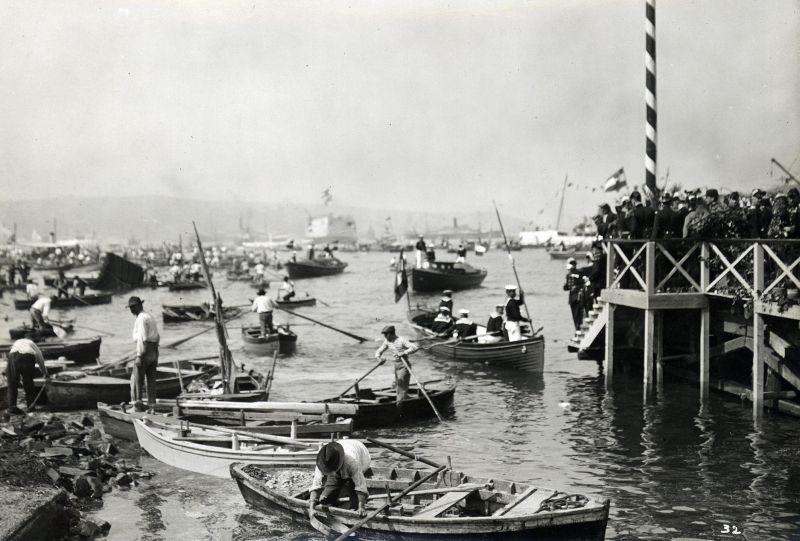 Italian Dreadnought 'Viribus Unitis' launch - Stapellauf in Triest in Beisein des Thronfolgerpaares. Autor Schuhmann, Heinrich. Datierung 24.06.1911.     Orte Triest.