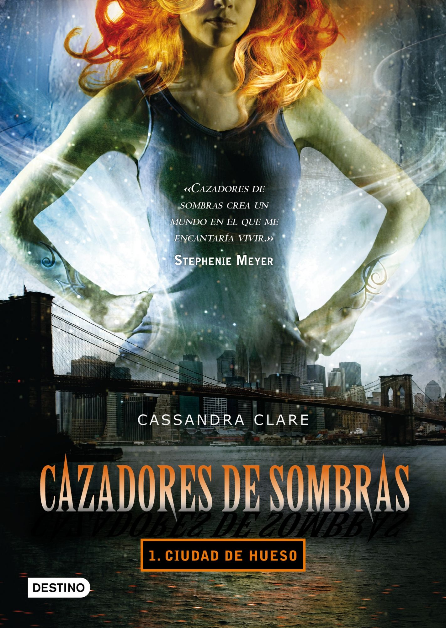Ciudad de hueso / Cassandra Clare Planeta, 2013