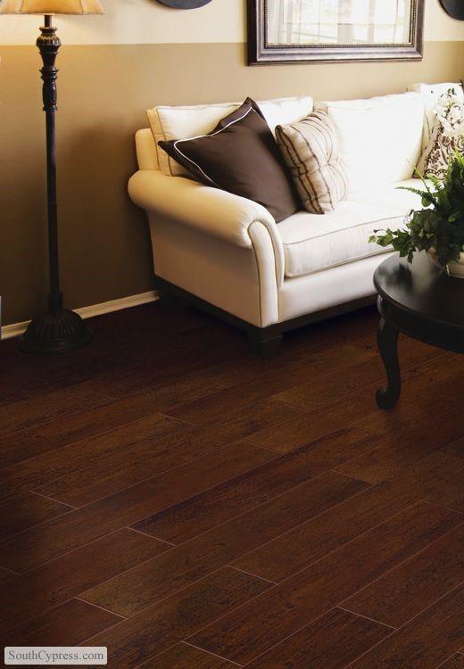 Pisos color chocolate tipo madera decoraci n de hogar - Loseta para piso economica ...