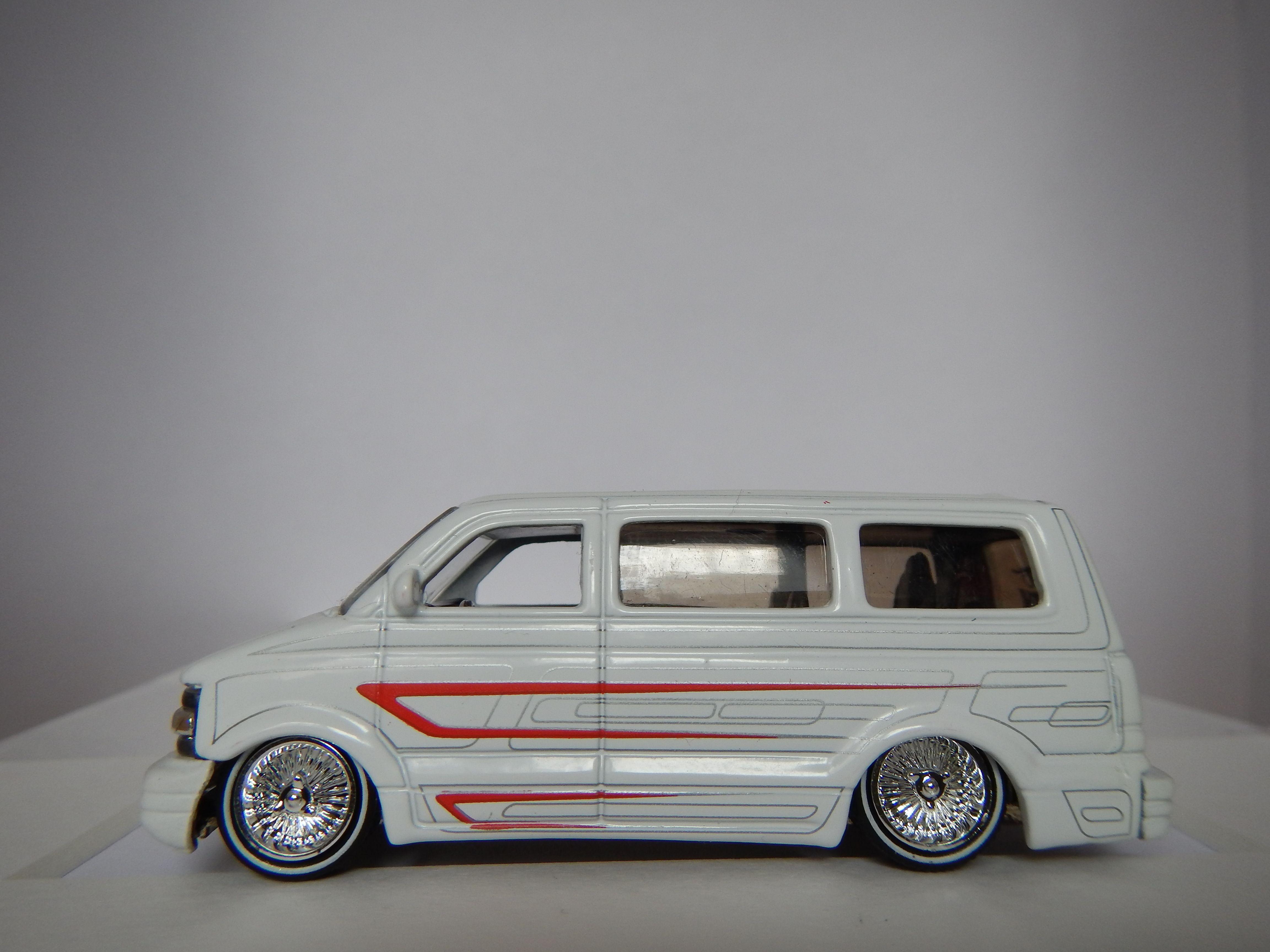 hight resolution of 2001 chevrolet astro van by jada toys china