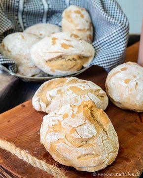 Photo of Crispy spelled rolls for breakfast