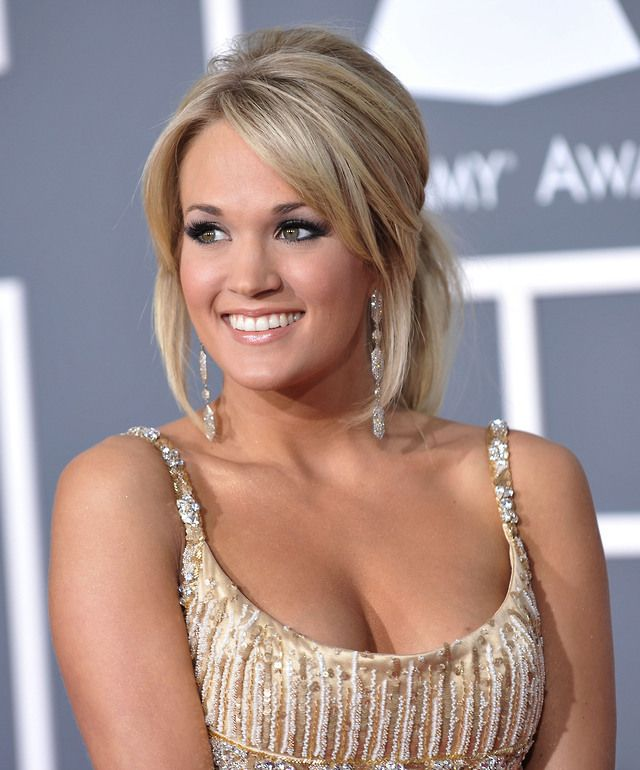Pin by RandallPilgrim on Female Celebrities #2 | Carrie