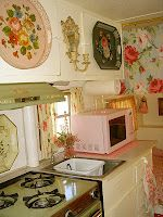 Pink trailer inside. Wallpaper roses tray