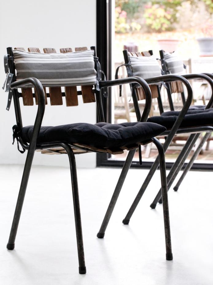 Coussins pour assise et dossier de chaise réalisés sur mesure