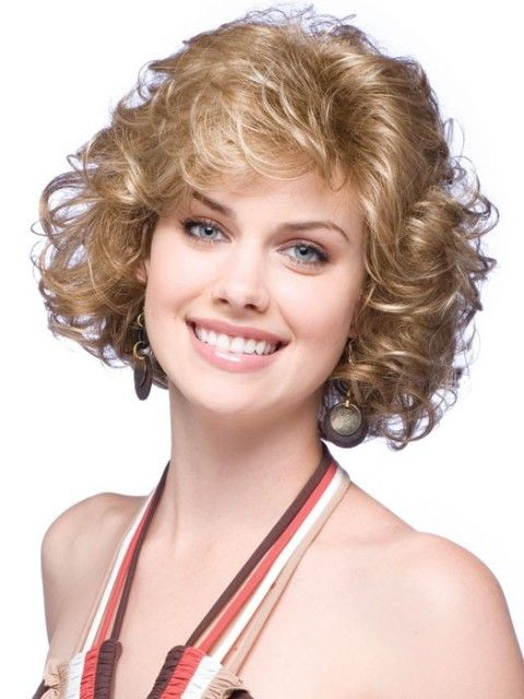 Hairstyles For Thick Curly Hair Prepossessing Short Hairstyle For Thick Curly Hair  Cabello Cortes Para Chicas No