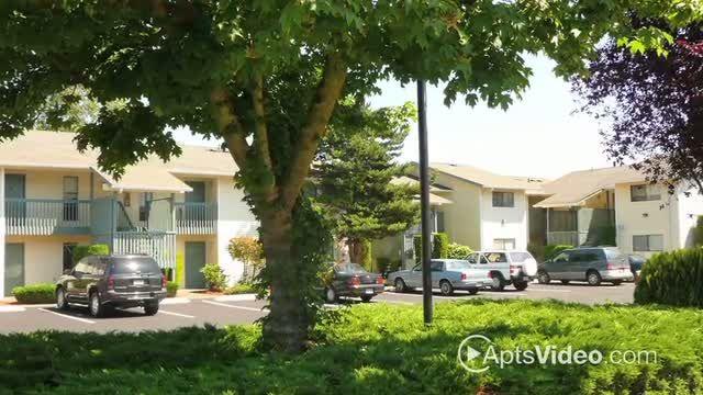 Silverwood Park Apartments For Rent In Des Moines Washington Apartments For Rent Apartment Apartment Communities