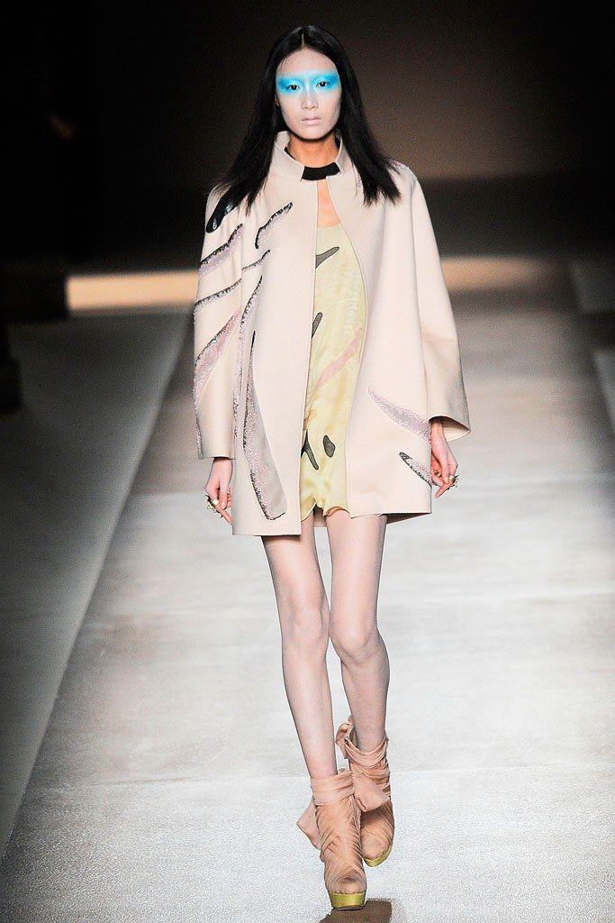 Valentino Spring 2010 Couture Fashion Show - Shu Pei Qin