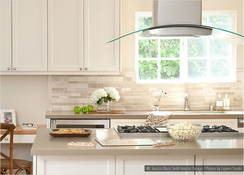 Great Backsplash Ideas For White Cabinets | White Cabinets Cream Countertop  Travertine Subway Backsplash Tile