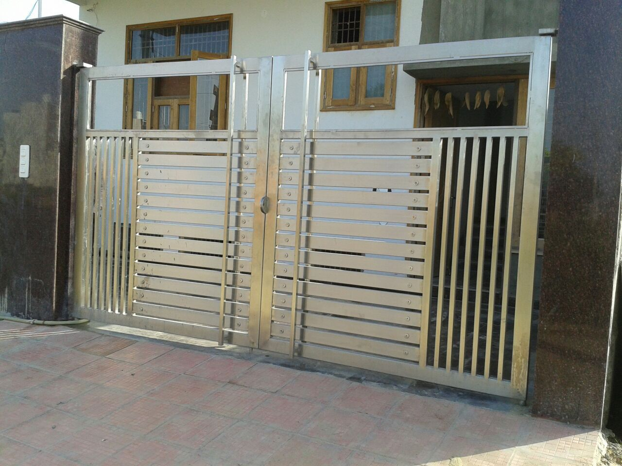 Stainless Steel Gate Manufacturer Main Gate Dezines Pinterest Steel Gate Gate And