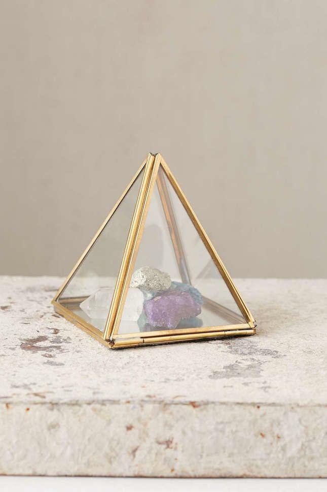 Pyramide Deko Figur Stein deko ideen wohnung dekorieren wohnzimmer