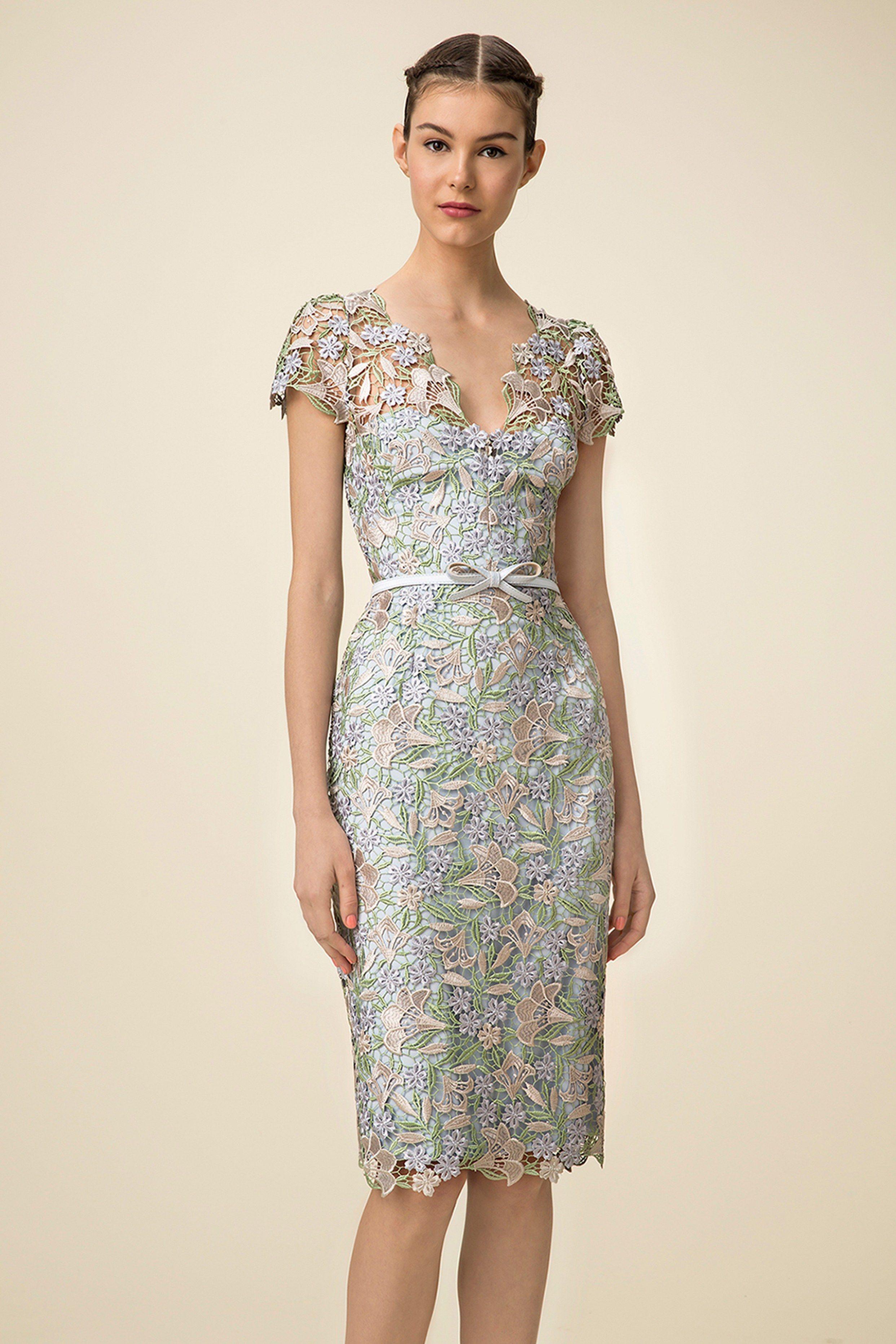 Dress for wedding guest spring  Marchesa Notte Spring  ReadytoWear Fashion Show  The Wedding