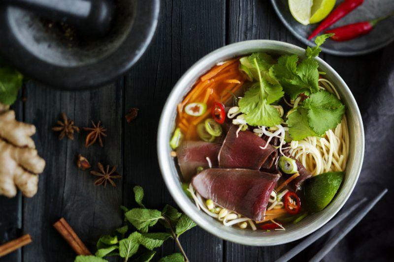 Pho-keitto poronlihalla – Polarica Wild Food