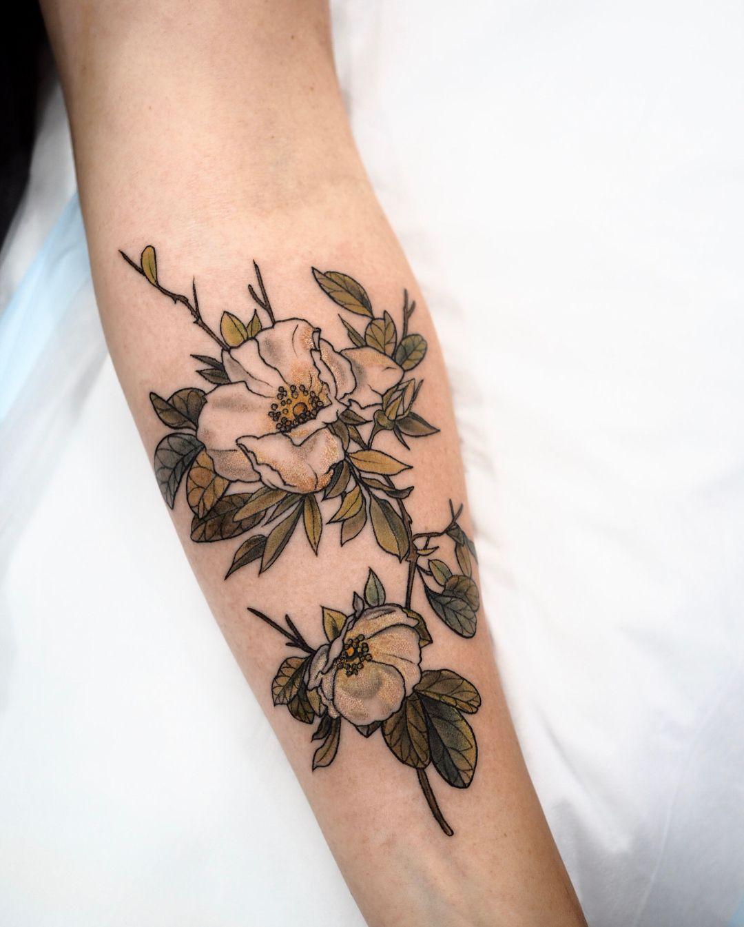 White Wild Roses Sophiabaughan Tattoos Magnolia Tattoo Minimalist Tattoo