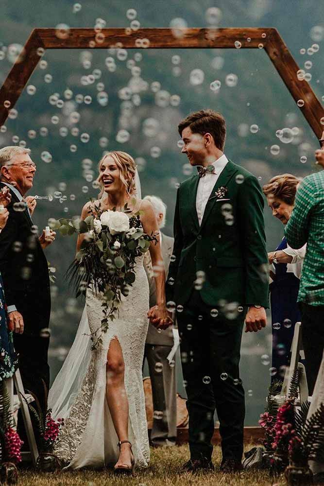 Wedding Photos With Bubbles #love #wedding ★ Tips and ideas to add to your wedding photography list. Best romantic poses and details for your inspiration. #weddingphotography #glaminati