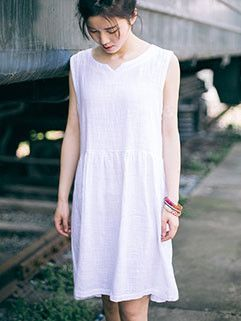Stylish Sleeveless Solid Loose-fitted Dresses