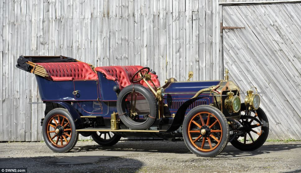 Motoring fan\'s vehicles - buses and delivery wagons sold for £3m ...