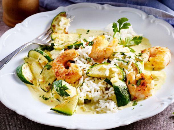 Unser beliebtes Rezept für Zucchini-Garnelen-Curry und mehr als 55.000 weitere kostenlose Rezepte auf LECKER.de.