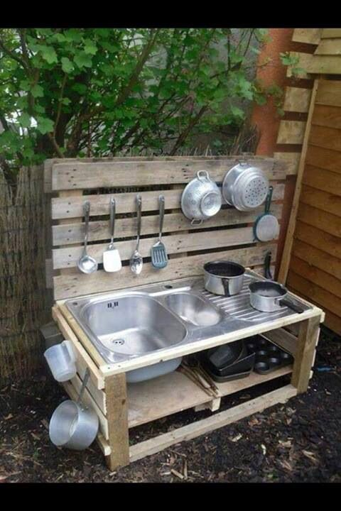 27 of the worlds best ways to transform old pallets into outdoor furniture mud kitchen. Black Bedroom Furniture Sets. Home Design Ideas