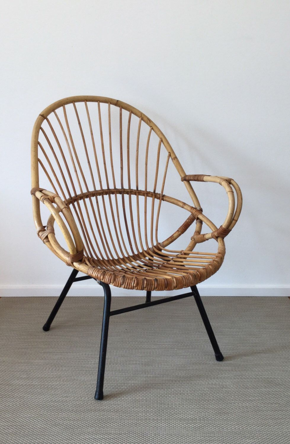 mid century basketchair wicker chairs rattan chair moebelglueck pinterest korbsessel 50er. Black Bedroom Furniture Sets. Home Design Ideas