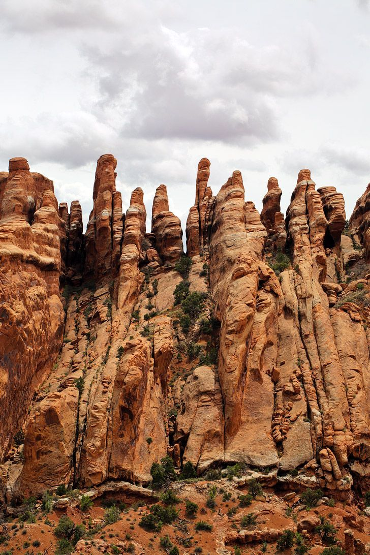 The Best Hike in Arches National Park Utah - Devils Garden Trail ...