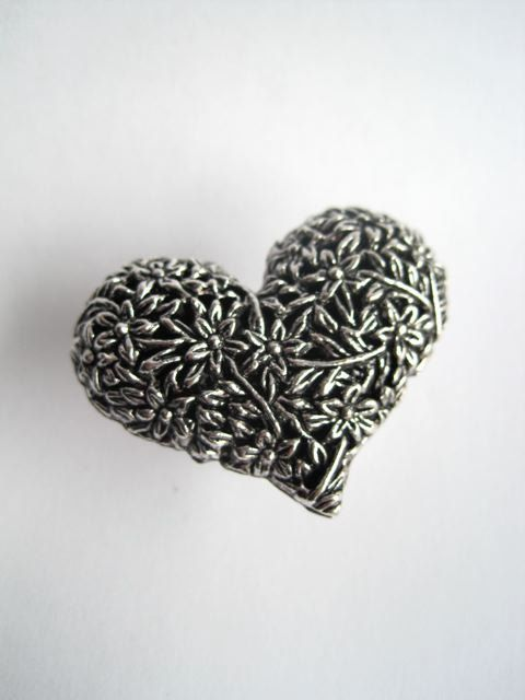 Valentine Drawer Knob with detailed Heart in Silver by DaRosa, $7.50 ...