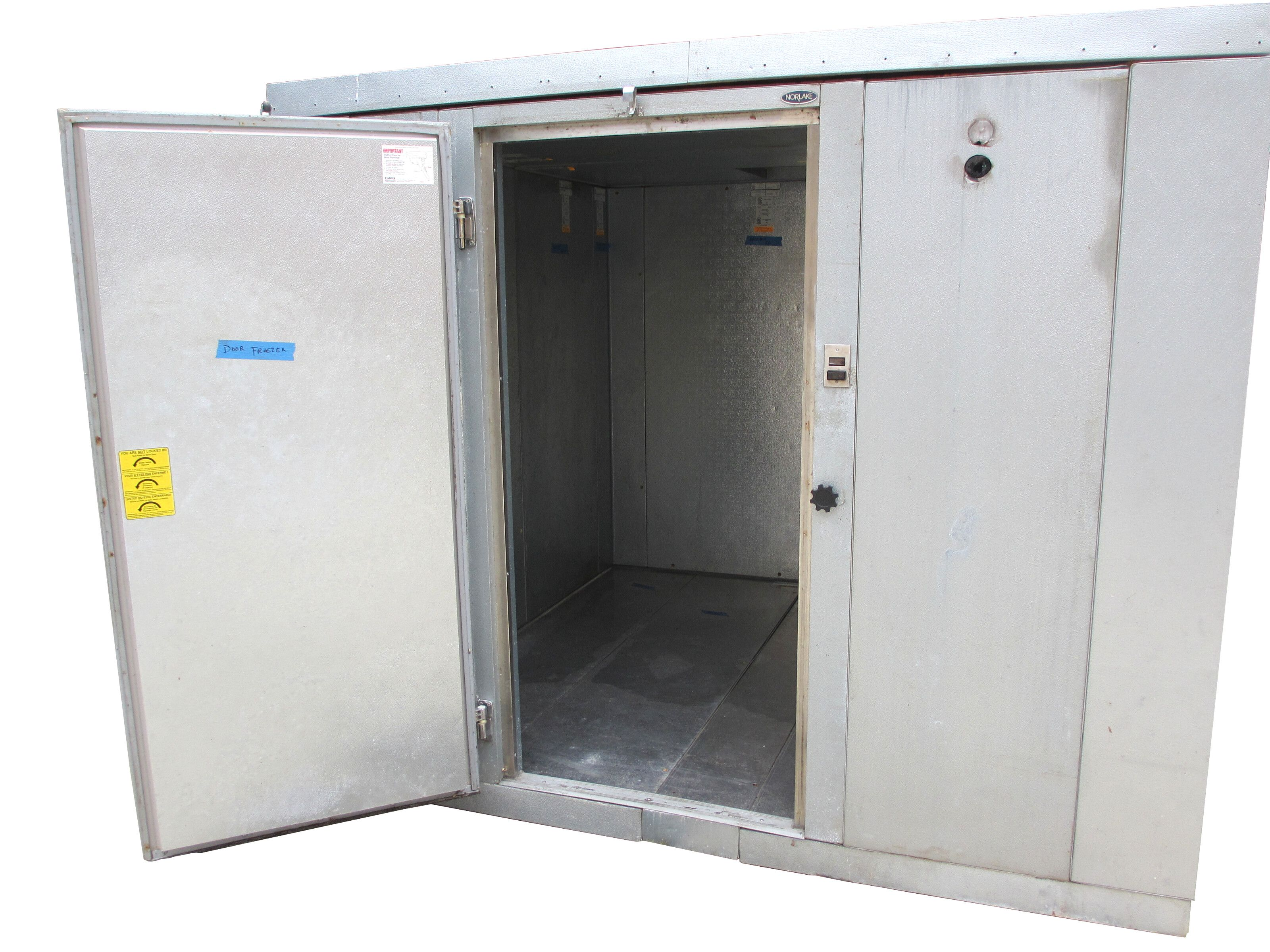 Used Norlake 9 X9 Outdoor Walk In Freezer With Floor Compressor Evap 26 Gauge Embossed Coated Steel Interior Exterior Finish Condensing Unit Air Cooled