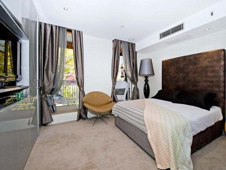 Apartment Small Decorating Ideas On A Budget With Regard To Bedroom Curtains Regarding Invigorate