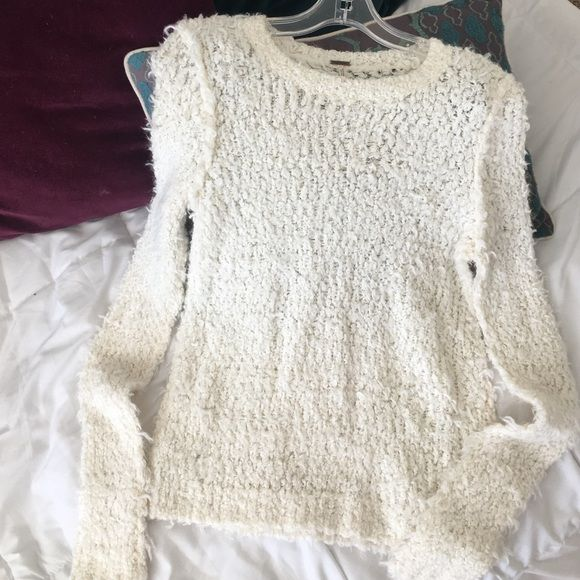 MOVING SALE🎉Free People Sweater white, shaggy free people sweater. never worn. size small. perfect time to buy for the winter! Free People Sweaters Crew & Scoop Necks