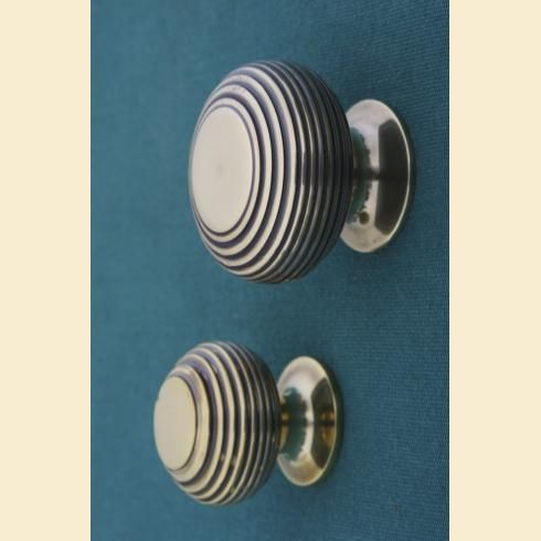Antique Brass Cupboard Knobs Richmond Beehive in two sizes 30 and ...