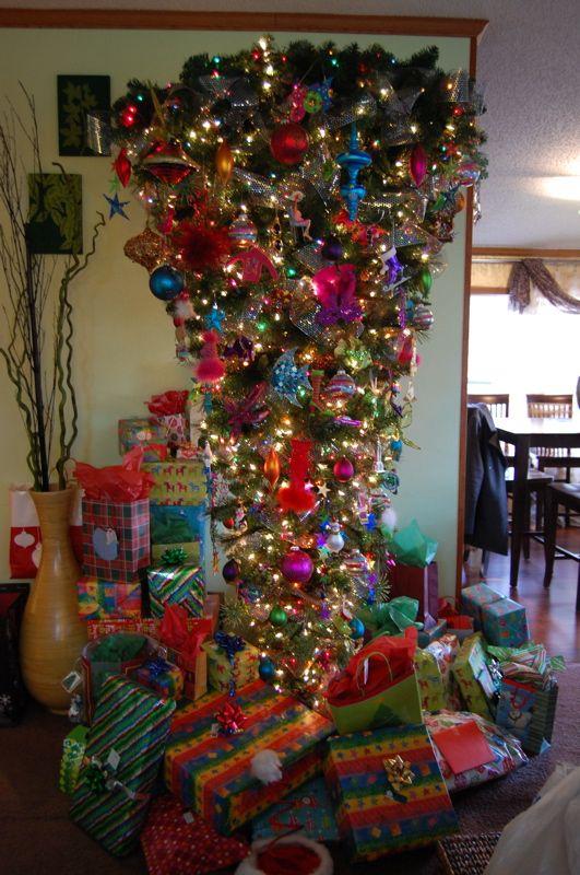Bottom's Upside Down Christmas Tree | Holidays! | Pinterest ...