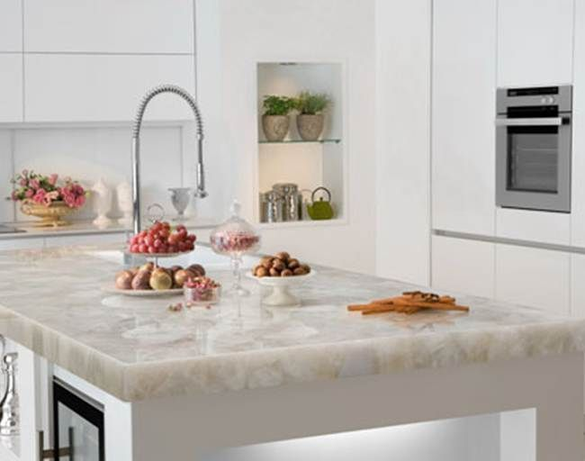 White Quartzite Countertops Lots Of Clear Qualities In This