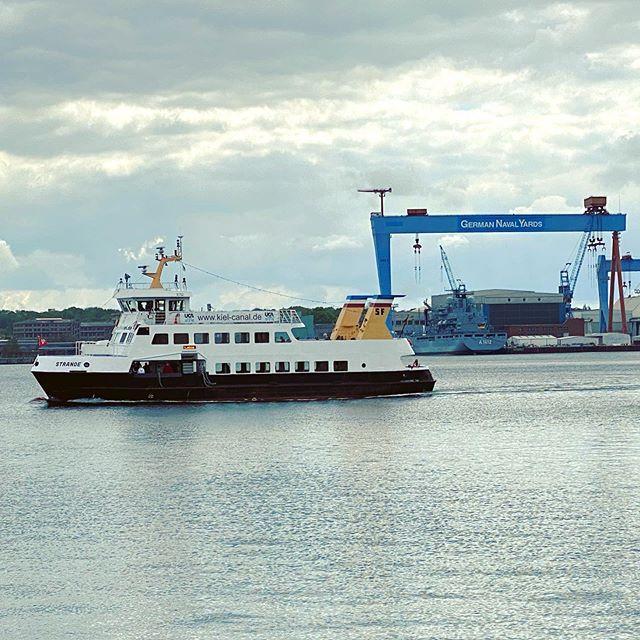 Fordefahre Strande In Der Kieler Forde In 2020 Boat Cruisers Sailing
