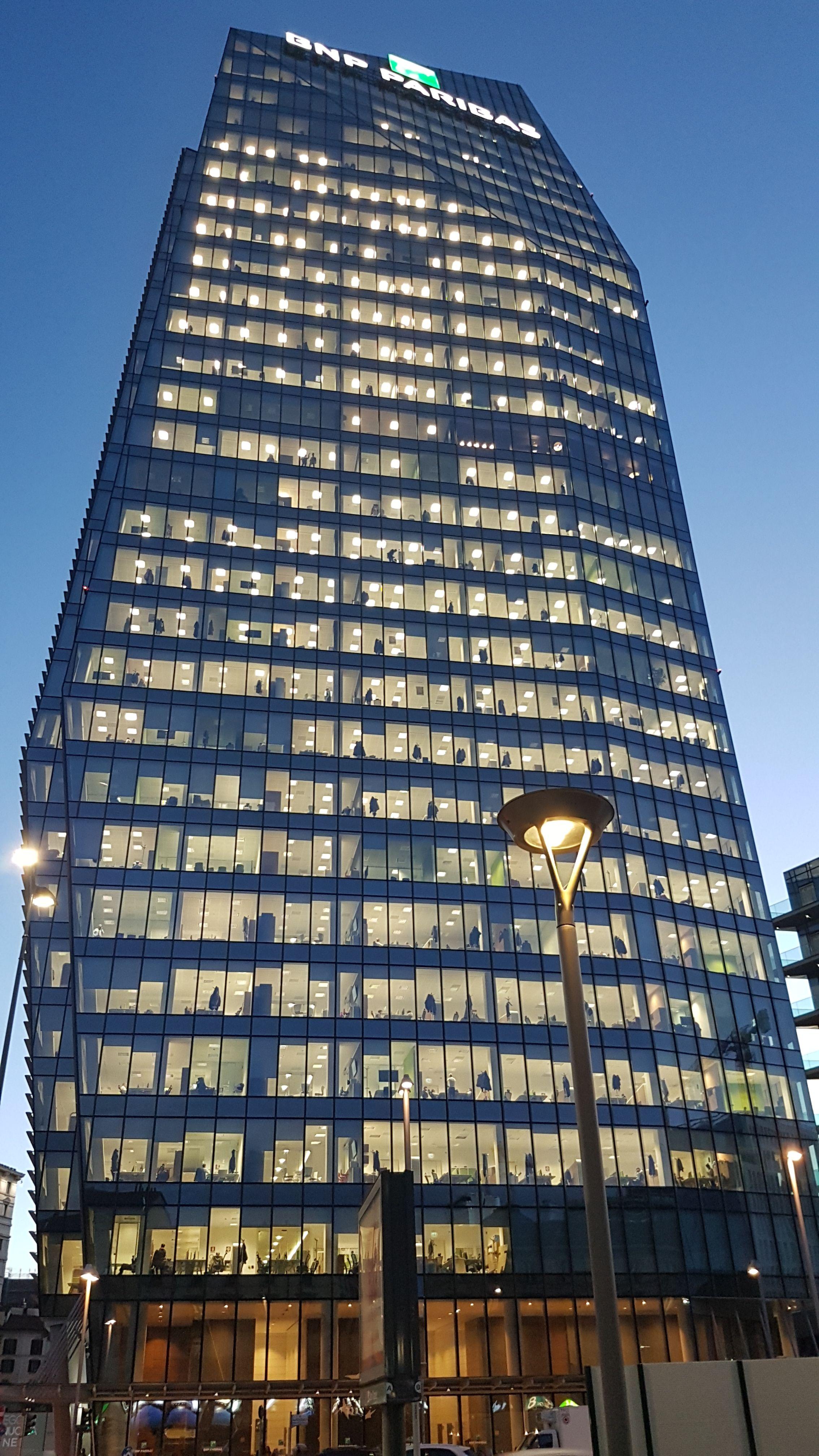 0d95c263b BNP Paribas headquarters, Milano 2018 | milano milan mailand ...