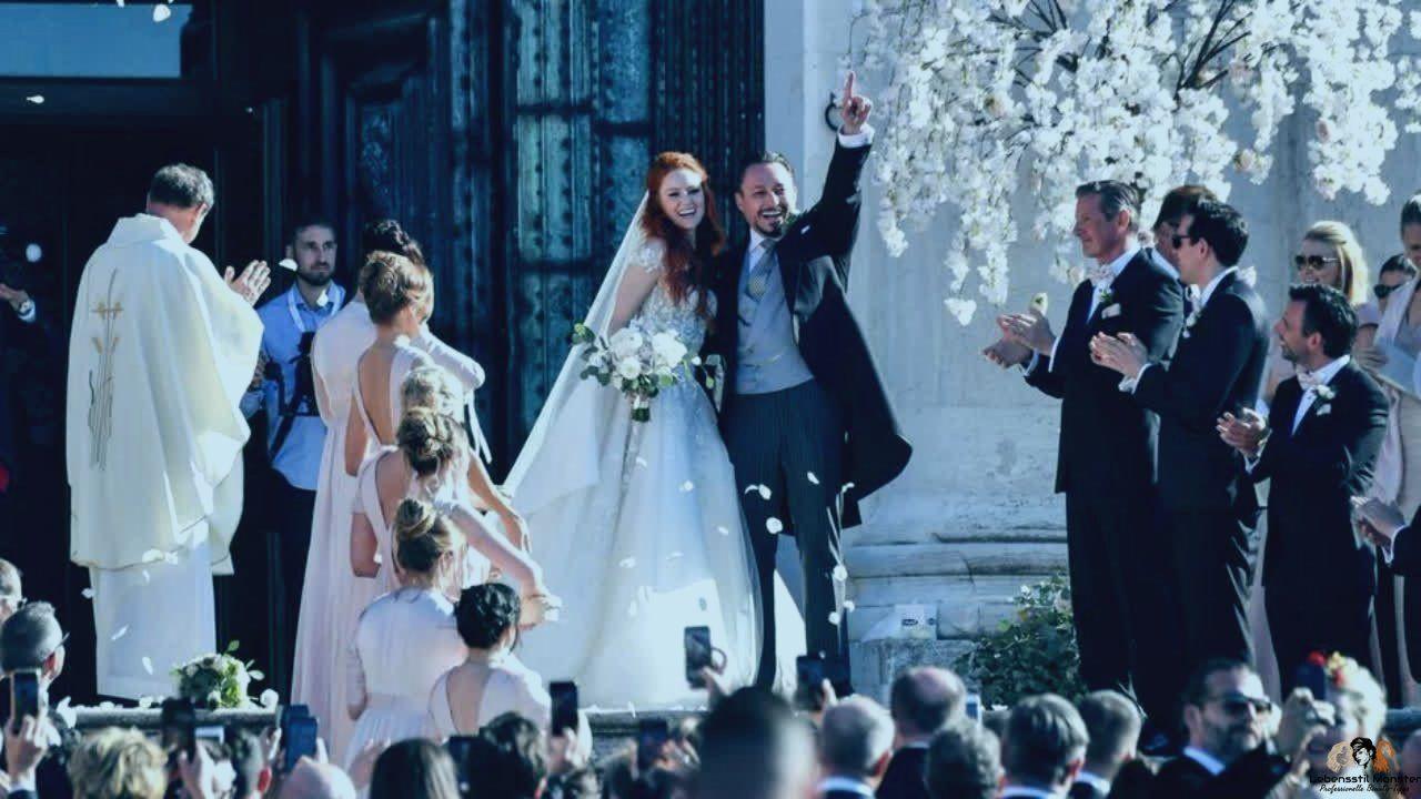Erste Bilder Barbara Meier Strahlt Im Hochzeitskleid Mit Bildern Hochzeitskleid Hochzeit Kleid Hochzeit