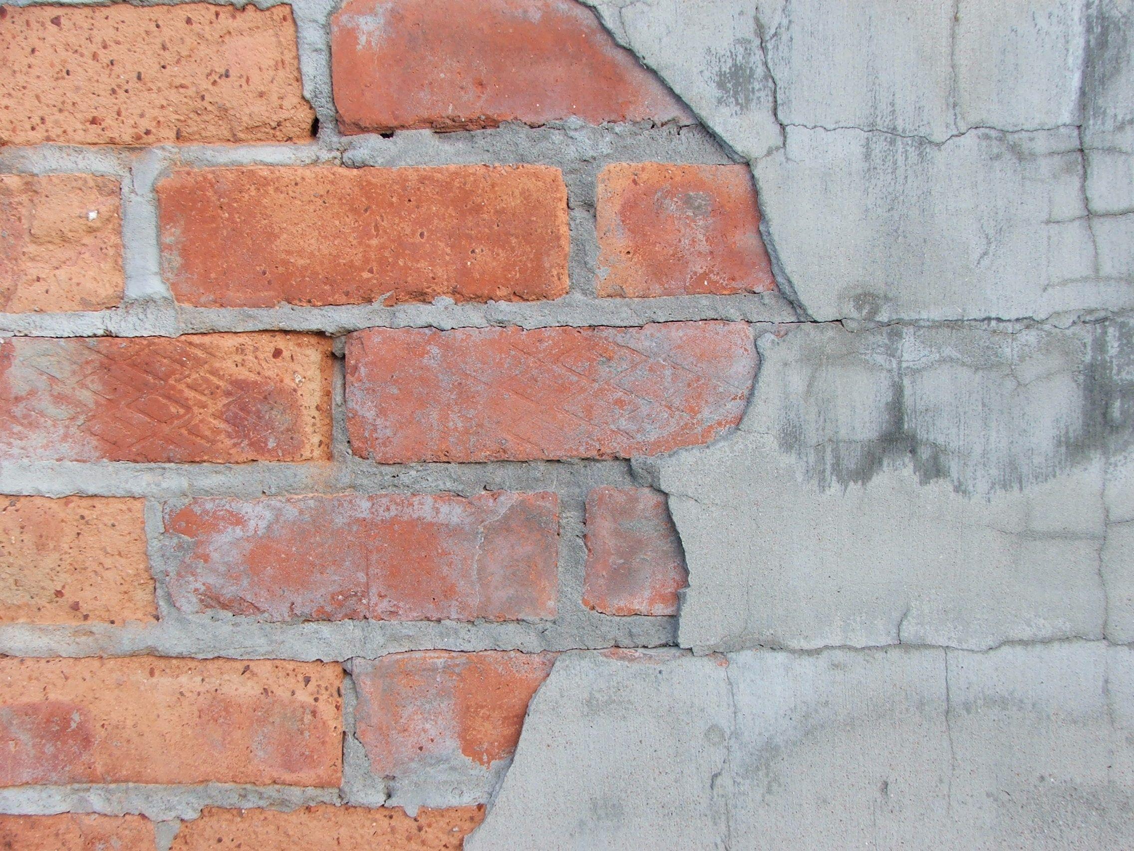 Peeling Plaster Faux Brick Walls Brick Show Faux Walls