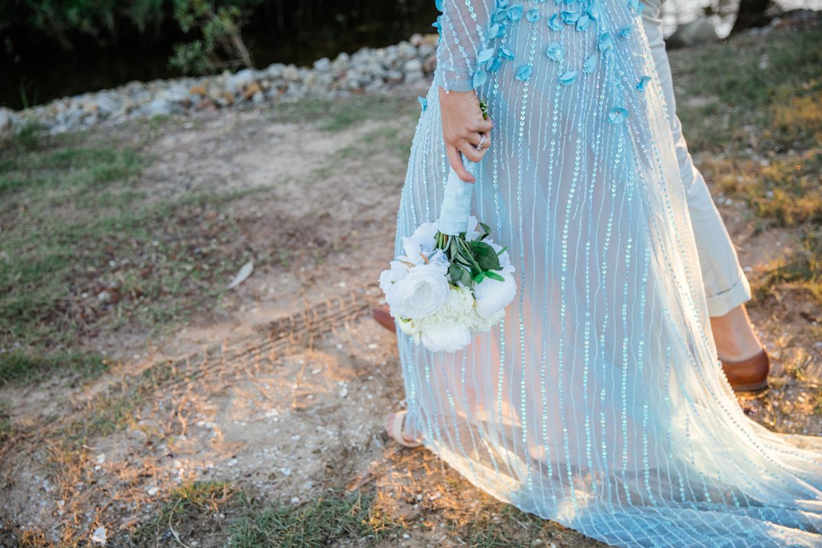 Katrina u jacobus waterside white wedding in yamba weddings