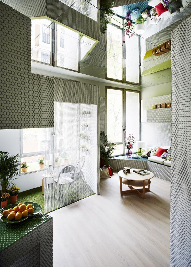 Photo of Design della parete a mosaico nel soggiorno – piccolo appartamento a Madrid # ogni stanza #deavita …