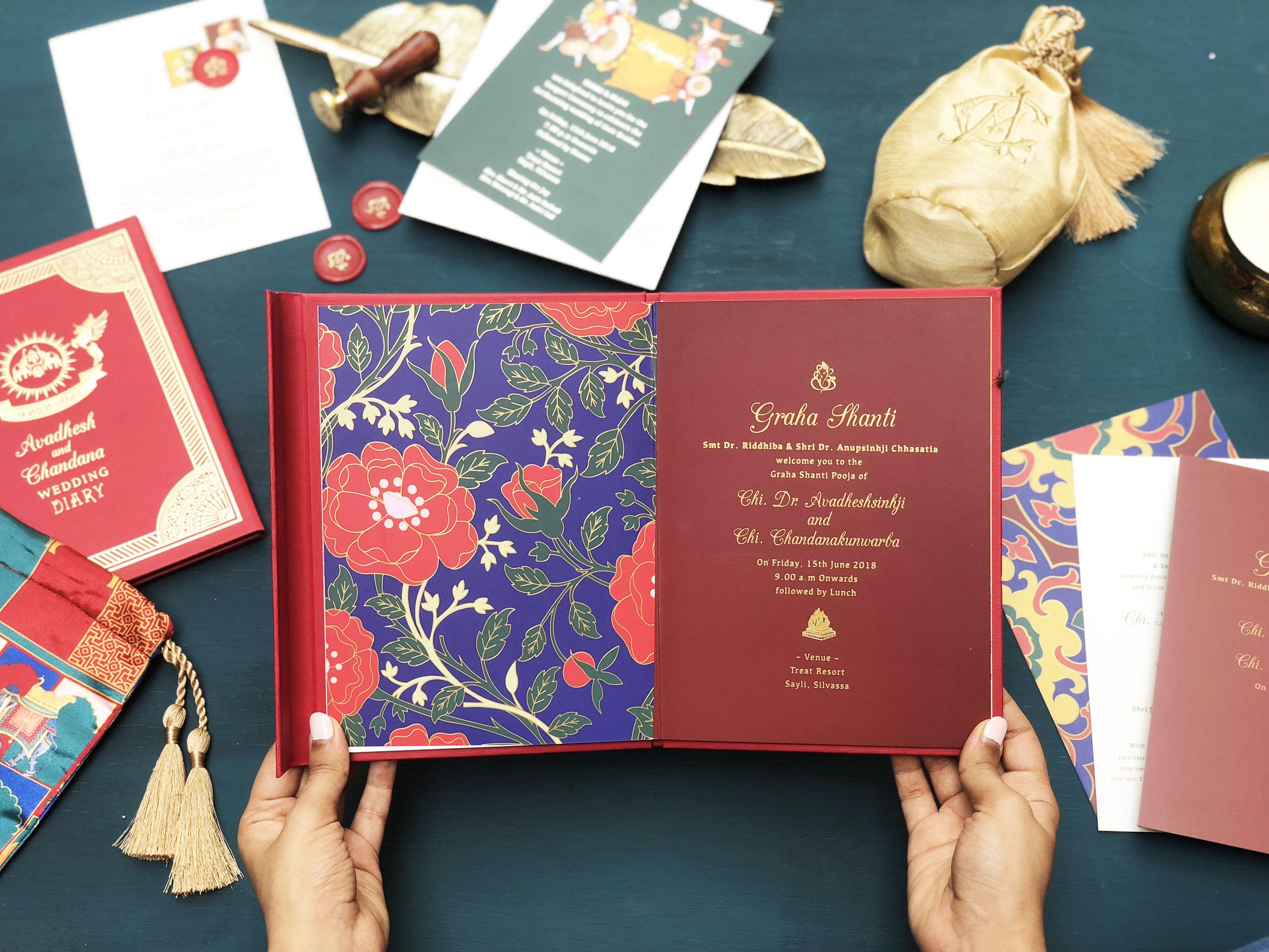 Wedding invitation enclosed in a satin pouch #artsydesignco ...