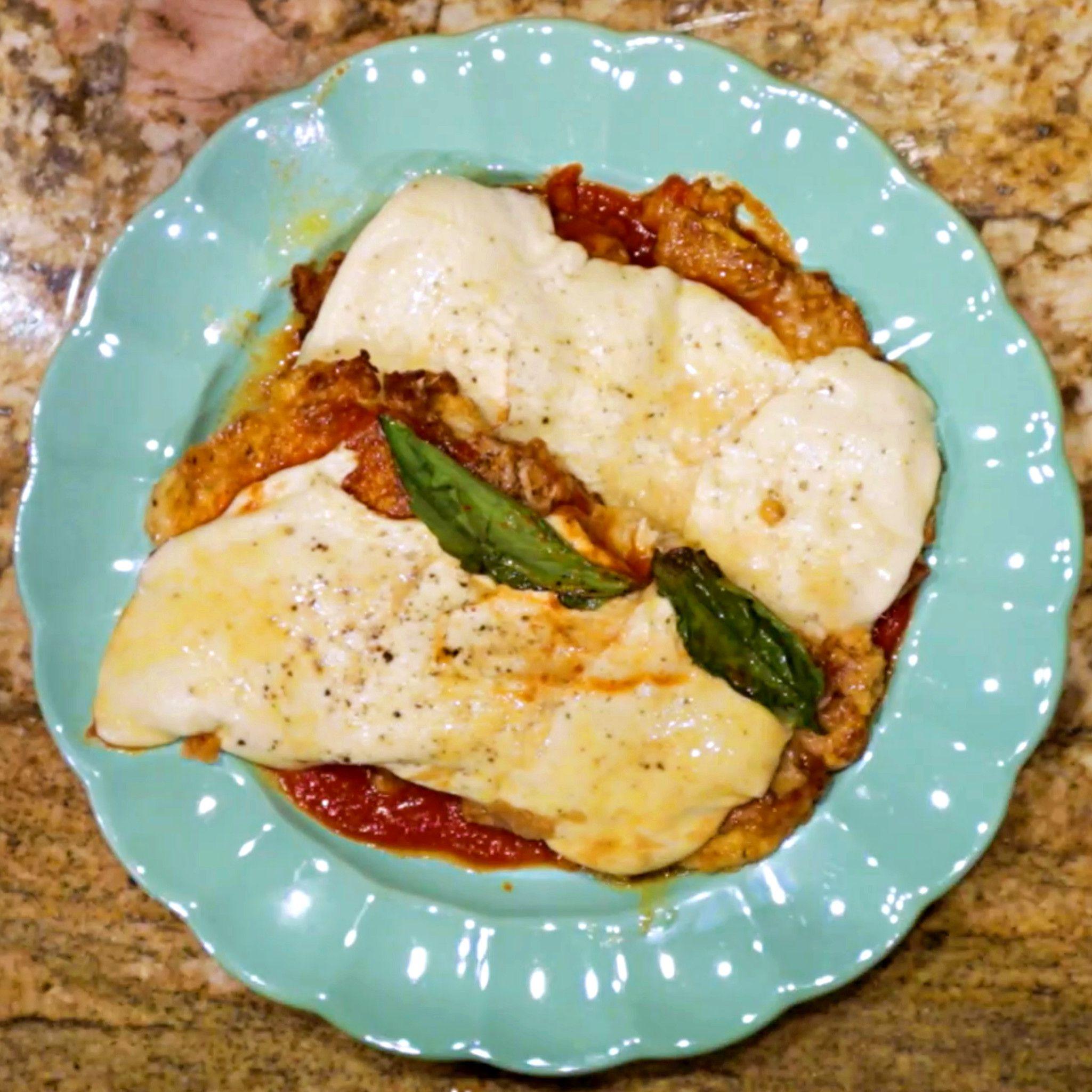 Keto Chicken Parmesan Recipe | Keto Daily #chickenparmesan