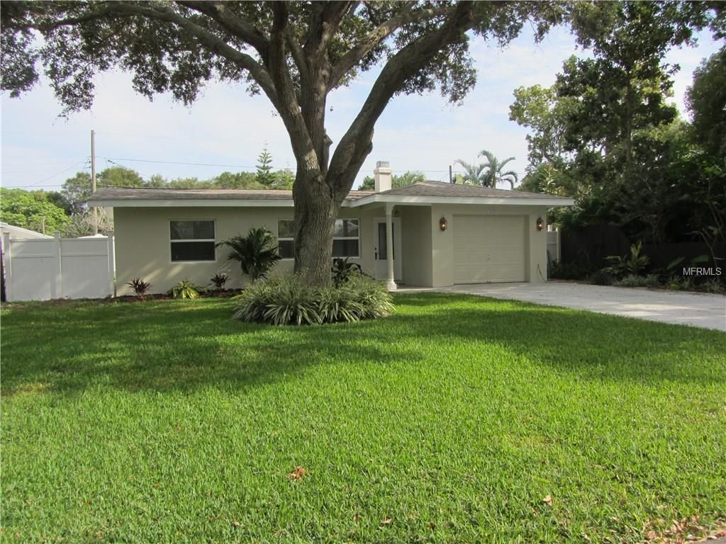 Photos, maps, description for 12497 136th Lane, Largo, FL. Search homes for sale, get school district and neighborhood info for Largo, FL on Trulia—Delightfully Smart Real Estate Search.