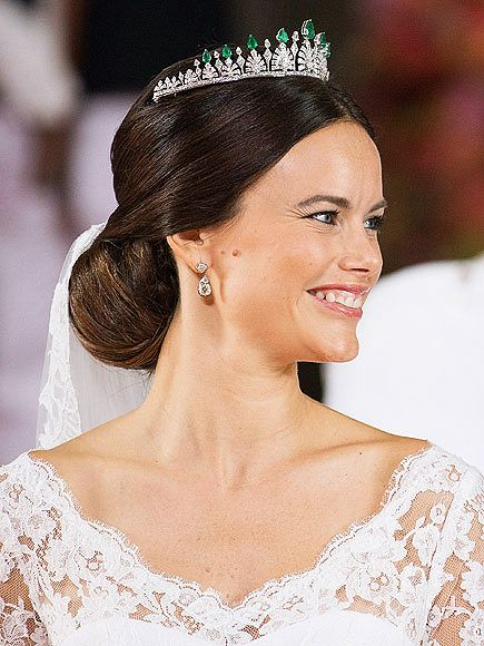 Princess Sofia Wedding Gown Best Royal Wedding Gowns Royal Hairstyles Princess Hairstyles Beautiful Wedding Hair
