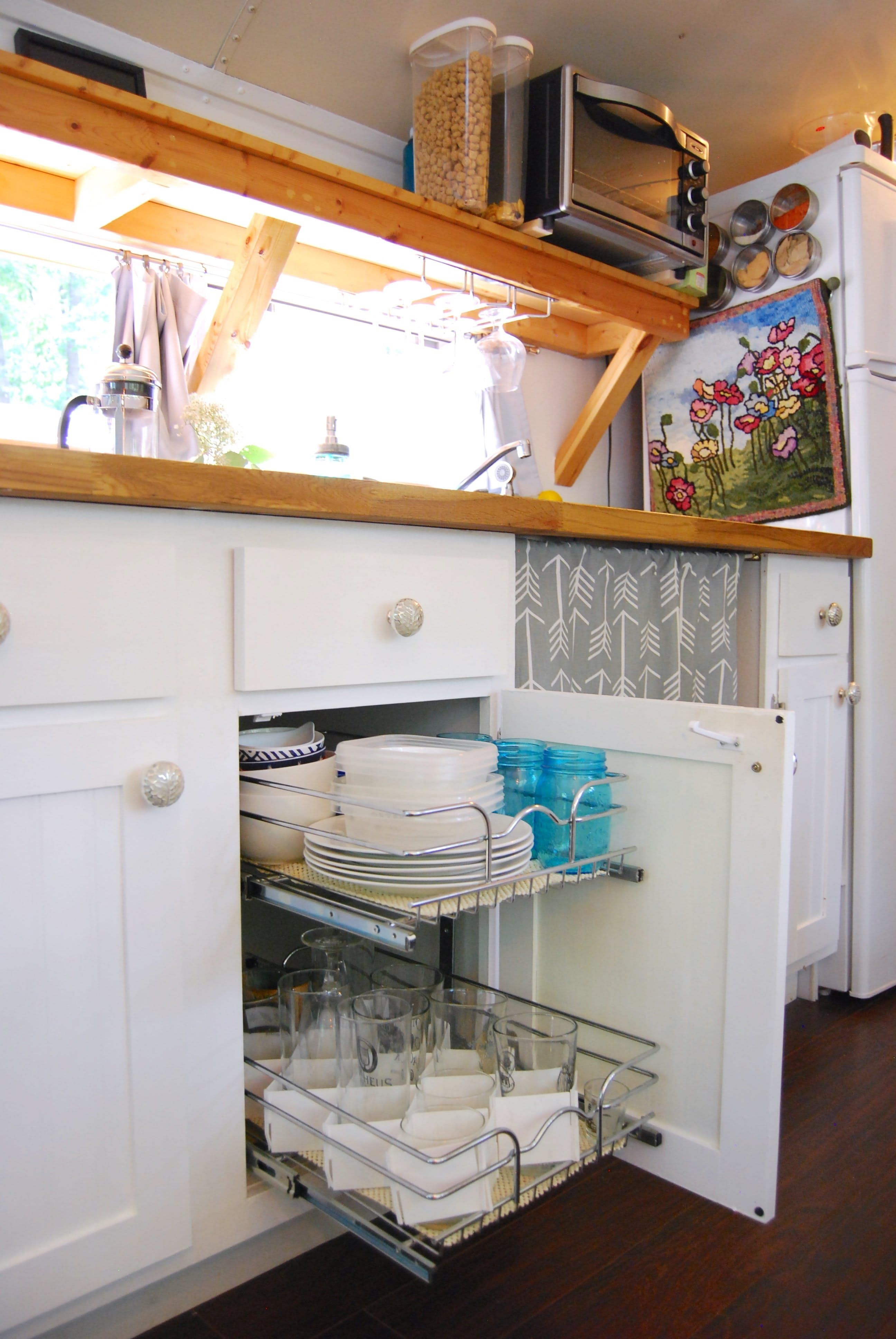 4 Genius Small Space Solutions To Steal From A Home In A School Bus Bus Conversion Remodeled Campers Rv Living