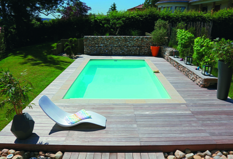 Avec pfi 180 liner sable escalier int rieur plage en for Piscine liner sable