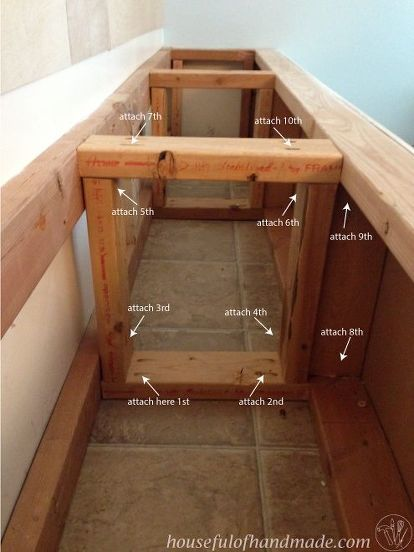 Dining Room Built in Bench With Storage images
