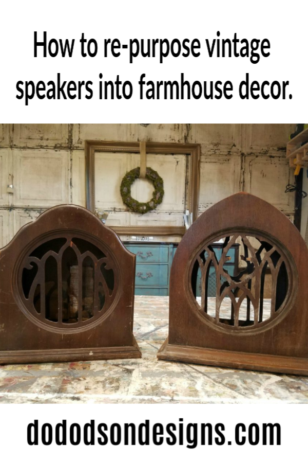 What a great find! You won't believe how I repurposed these vintage speakers into amazing farmhouse home decor and gave them a new life. Vintage speaker makeover!  #dododsondesigns #vintagespeakers #homedecorideas #vintagedecor #repurposedvintage