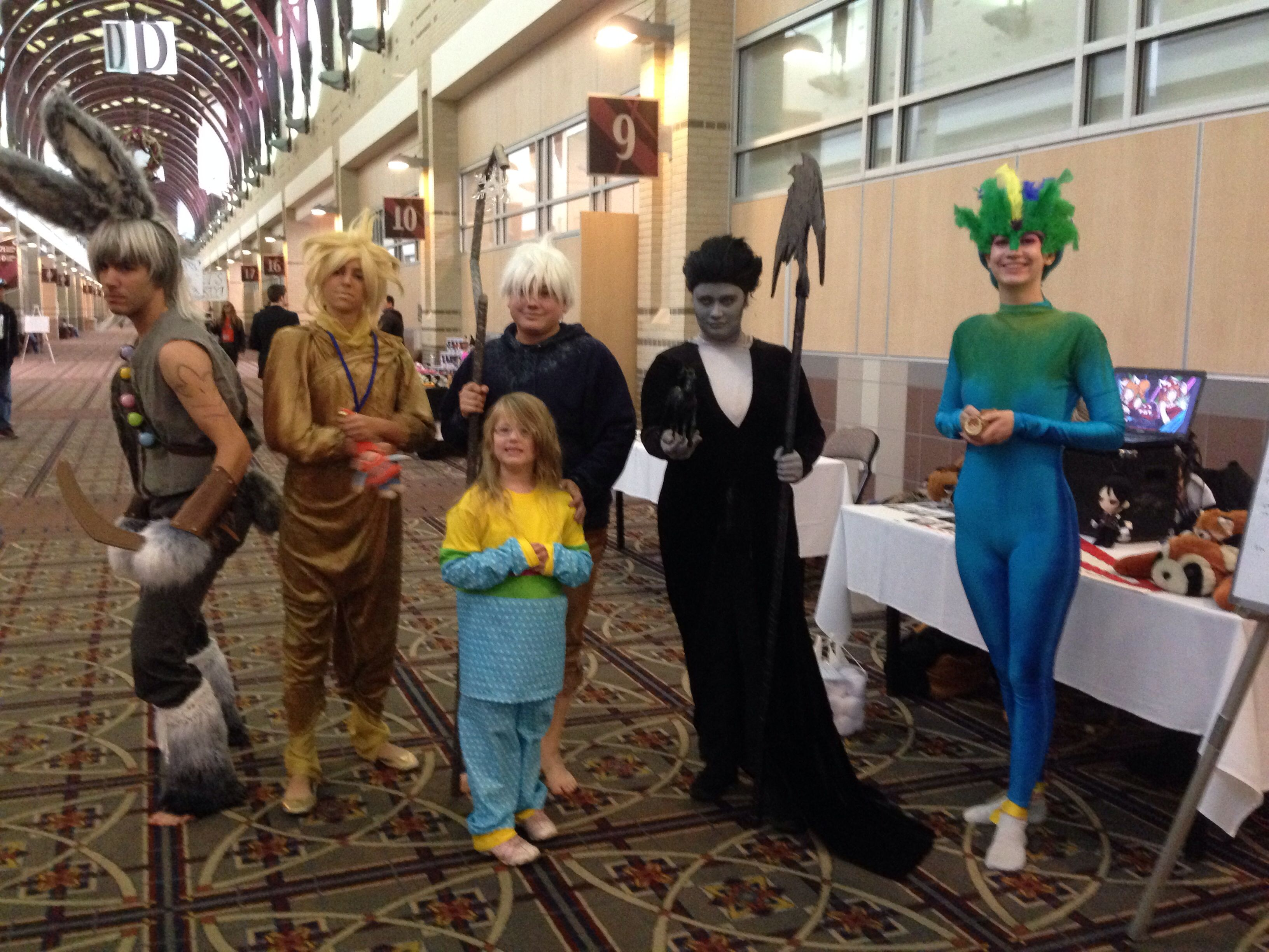 Tooth Jack Frost Pitch Black Sandman Bunnymund And Sophie From