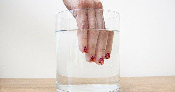 ¡Atentas, chicas ocupadas! 7 trucos para que tú misma puedas crear tu nail art de forma rápida y sencilla